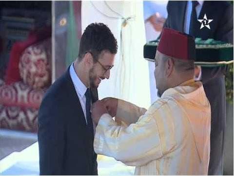 Photo of الملك التقى بسعد المجرد وعائلته في فرنسا