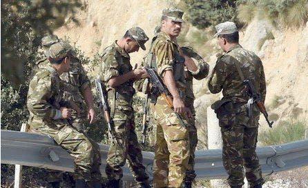 Photo of في يوم الانتخابات الجيش الجزائري يطلق الرصاص بولاية جيجل