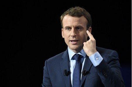 Photo of زعماء المسلمين واليهود والبروتستانت بفرنسا يدعون لانتخاب ماكرون