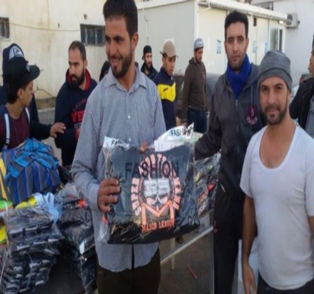 Photo of المغاربة العالقين بليبيا يحصلون على ملابس جديدة قبل ترحيلهم