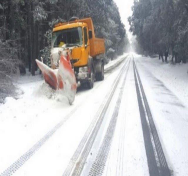 Photo of التساقطات الثلجية تتسبب في إغلاق 5 آلاف كلم من الطرق الوطنية