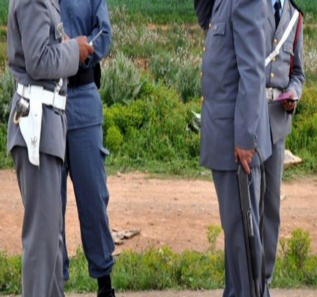 Photo of تاجر مخدرات يتسبب في اعتقال 3 دركيين بسرية مجاط بعمالة شيشاوة