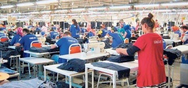 Photo of الحكومة المغربية تعلن فرض الضرائب على الألبسة التركية