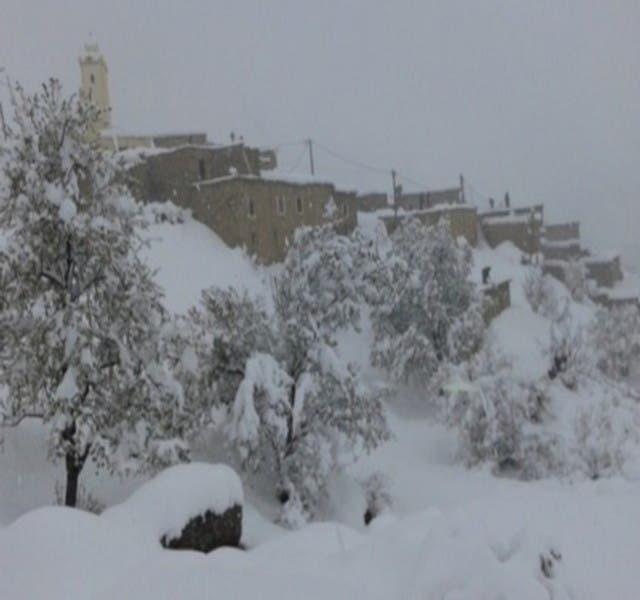 Photo of وفاة حامل بسبب تساقطات الثلوج بأزيلال .. العمالة توضح