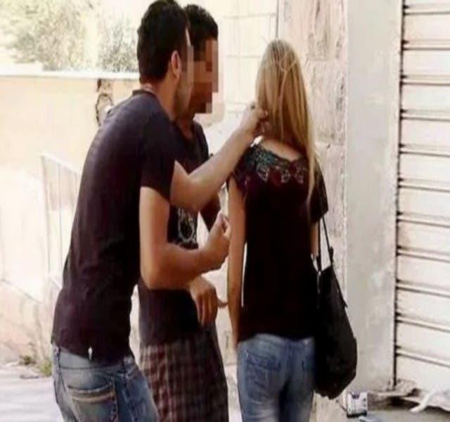 Photo of السجن لكل من يتحرش بالنساء عبر رسائل مكتوبة أو الكتروينة
