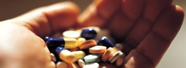 """فرنسا: أكثر من 10 آلاف حالة وفاة سنويا بسبب """"الأدوية"""""""