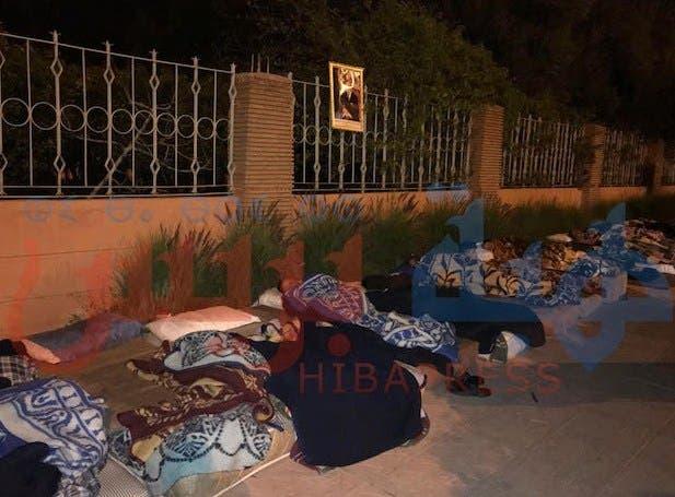 Photo of تلاميذ معهد ابي العباس السبتي للمكفوفين يبيتون بالشارع العام .. وهذا السبب