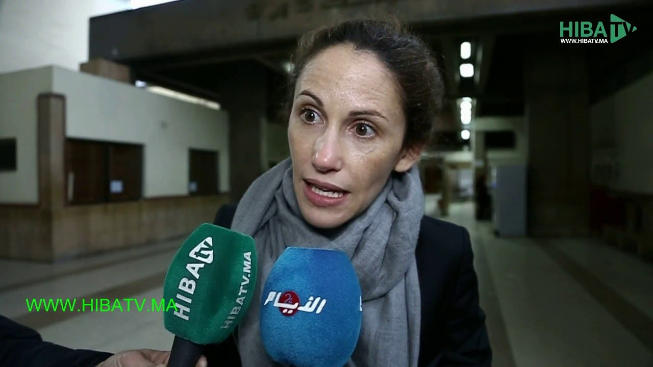 Photo of محامية بوعشرين الفرنسية تخرج للإعلام