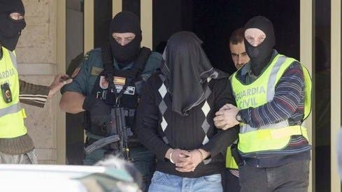 "Photo of إسبانيا: توقيف مغربي بتهمة ""تمويل الإرهاب"""