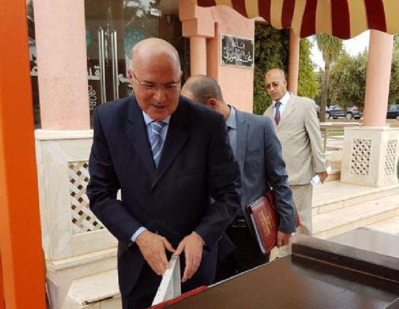 Photo of غريب: الوالي صبري يوقف مشروع استثماري يتوفر على ترخيص من لجنة الاستثناءات 