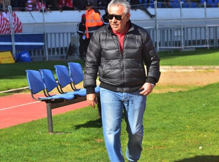 Photo of البنزرتي يقلل من أهمية مباراة الديربي أمام الرجاء
