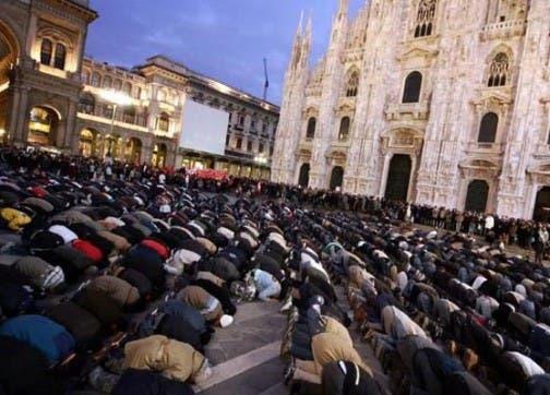 Photo of مغاربة إيطاليا في حيرة بسبب تحديد موعدين لبداية رمضان هذه السنة