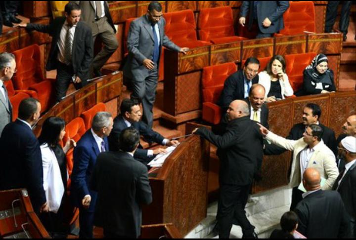 "Photo of مشادات عنيفة ل"" ياسين الراضي"" تفك ارتباط ""الأحرار"" بالدستوري"