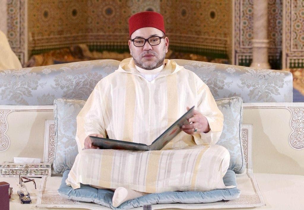 Photo of التوفيق يقاطع قارئ القرآن ليعلن تعذر حضور الملك للدروس الحسنية