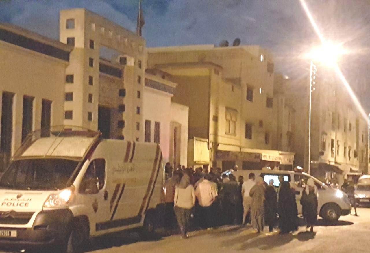 Photo of مأساة إنسانية جديدة بالجديدة.. مواطن ينتحر شنقا على بوابة مستشفى