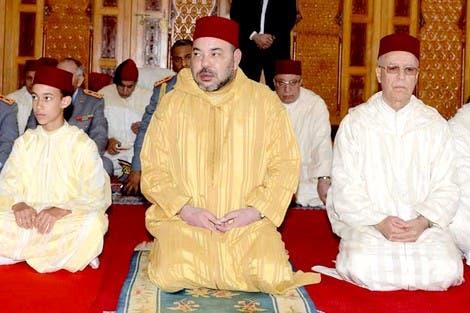 Photo of الملك يأذن بفتح 30 مسجدا في وجه المصلين