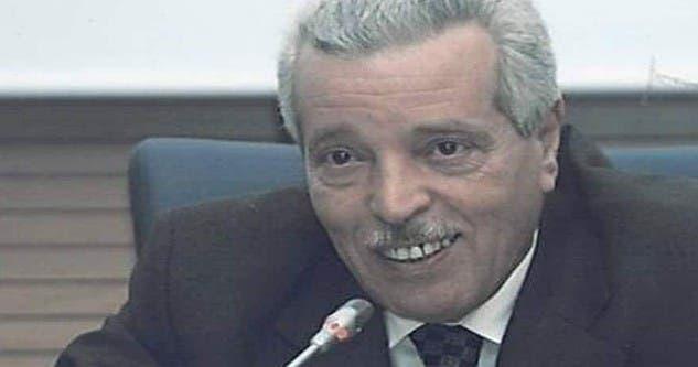 Photo of سابقة.. رجل سلطة يكسر حاجز الصمت