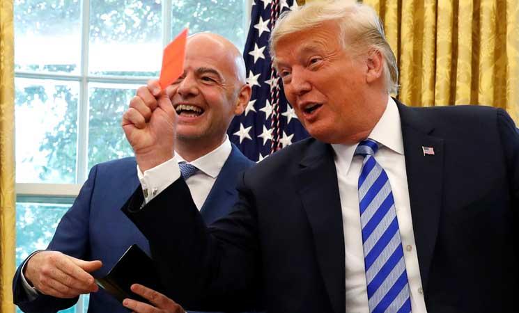Photo of ترامب يستقبل انفانتينو ويرفع بطاقة حمراء في وجه الصحافيين