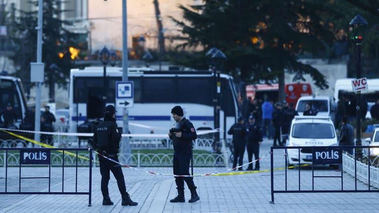 Photo of إصابة 19 سائحا إسرائيليا بحادث سير في أنطاليا التركية