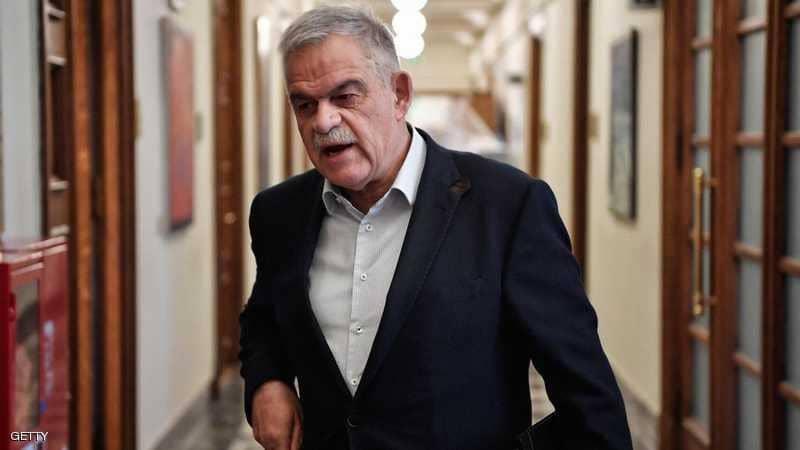Photo of كارثة الحرائق تطيح وزيرا في اليونان