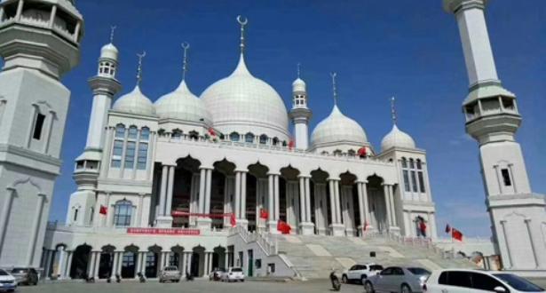 Photo of ارجاء هدم مسجد في الصين تحت ضغط التظاهرات