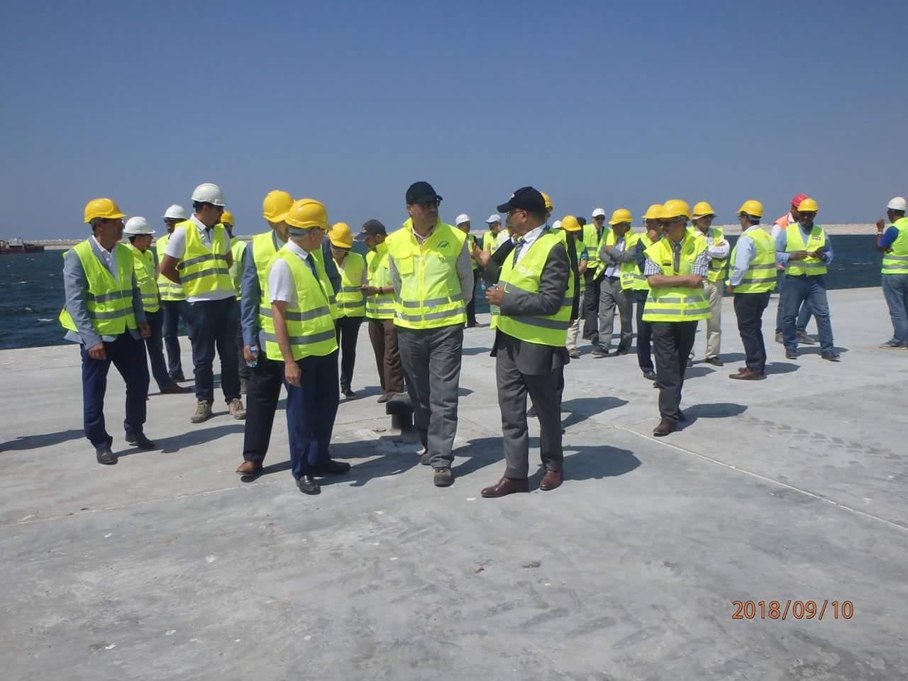 Photo of زيارة تفقدية للوزير عمارة و عبد الرحيم الحافظي  لورش بناء ميناء اسفي الجديد