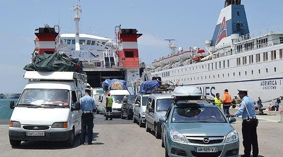Photo of أزيد من 1,16 مليون من مغاربة العالم استعملوا نقط العبور بجهة الشرق