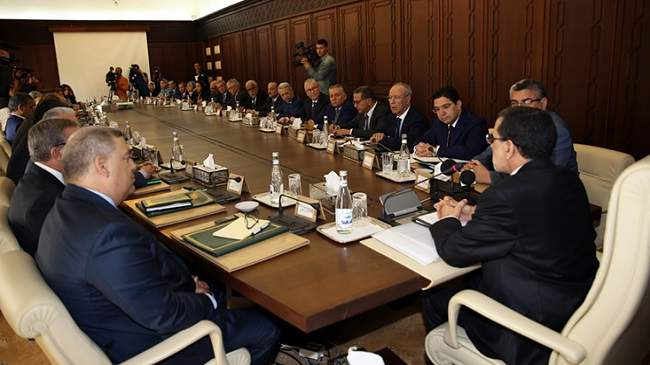 Photo of الحكومة تتدارس مشروع قانون مالية 2019 في اجتماعها الاسبوعي