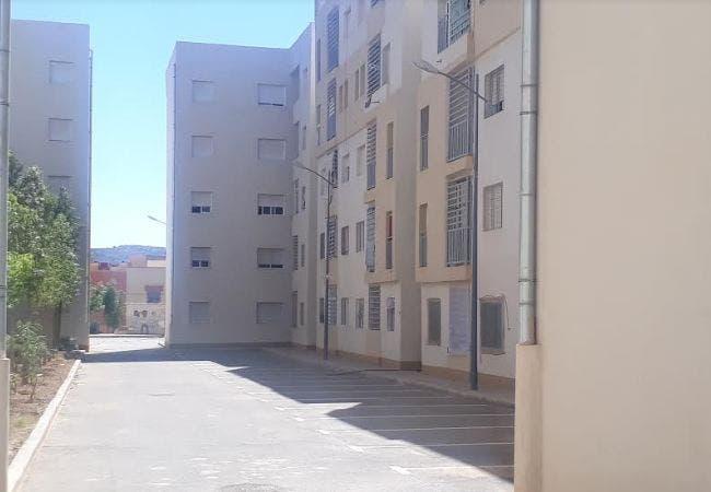 Photo of وجدة.. سقوط شاب من الطابق الثالث لإحدى عمارات شركة الضحى