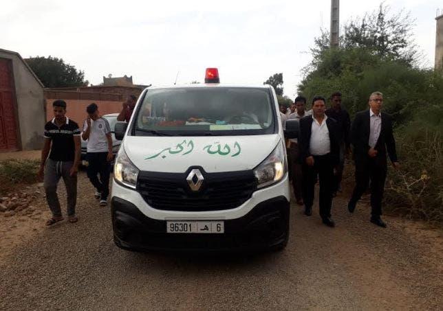 Photo of جنازة باهتة للمكفوف الذي لقي مصرعه أعلى مبنى وزارة الحقاوي