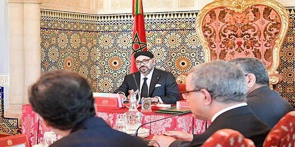 Photo of الملك يترأس مجلسا وزاريا لمناقشة مالية 2019