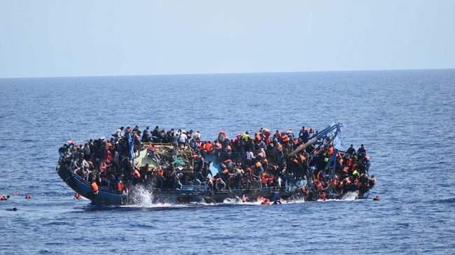"Photo of بمساعدة ""الديستي"".. تفكيك شبكة إجرامية تنشط في مجال تنظيم الهجرة غير المشروعة"