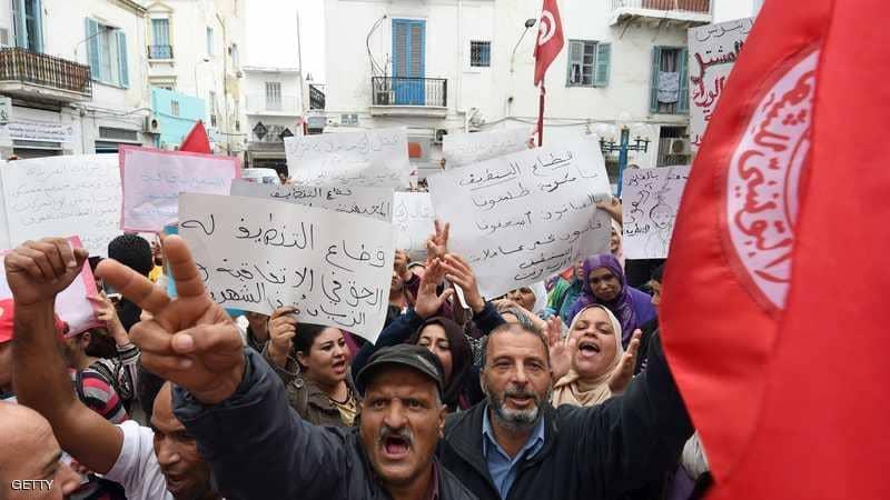 Photo of إضراب 650 ألف موظفي حكومي في تونس