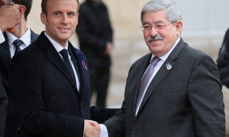 "Photo of من باريس..أويحيى يفجر غضبا في الجزائر بوصف شهداء ثورة التحرير بـ""القتلى"""