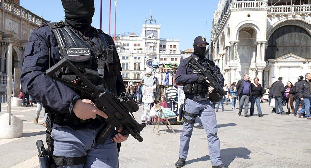 Photo of الشرطة الإيطالية تلقي القبض على شاب مصري