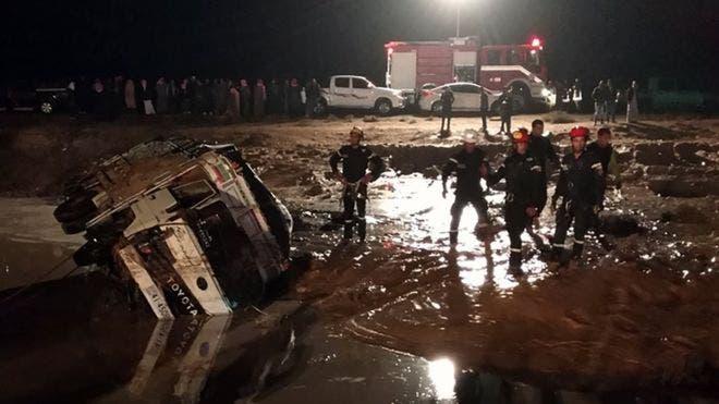 Photo of مصرع 12 شخصاً بسبب السيول في الأردن