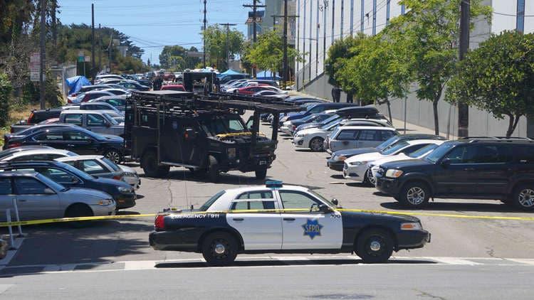 Photo of مقتل شخصين بإطلاق للنار قرب محل تجاري في فلوريدا