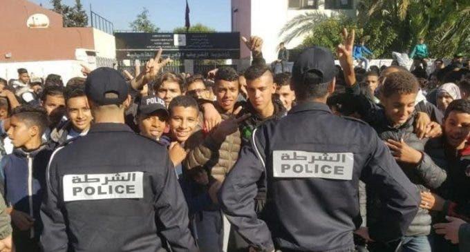 Photo of مكتب دراسات يكشف أن أغلبية المغاربة يرفضون قرار الإبقاء على التوقيت الصيفي