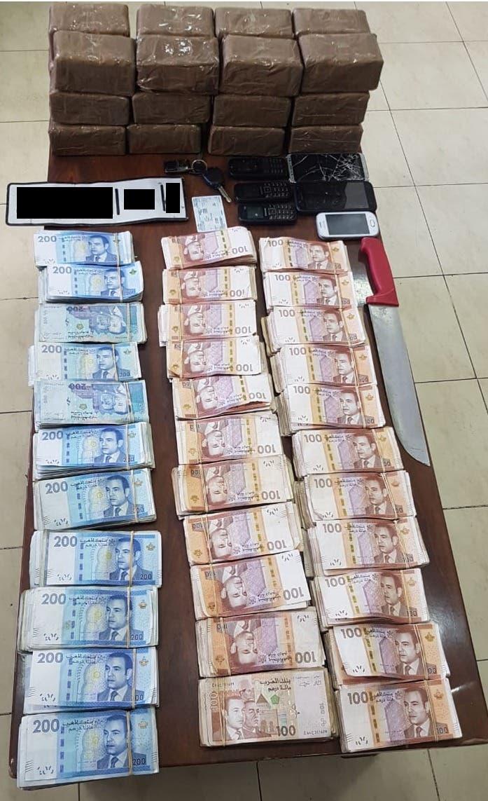 Photo of أكادير: حجز 43 مليون سنتيم و11 كيلوغرام من المخدرات