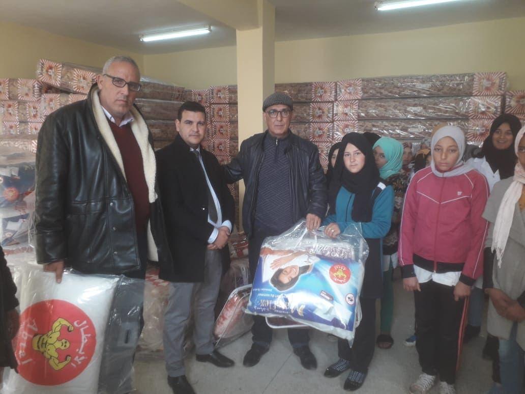 Photo of مؤسسة تعليمية حديثة العهد ببرشيد تعجل بانتقال عامل الاقليم
