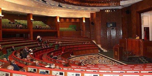 Photo of مجلس المستشارين يصادق بالأغلبية على مشروع قانون المالية لسنة 2019