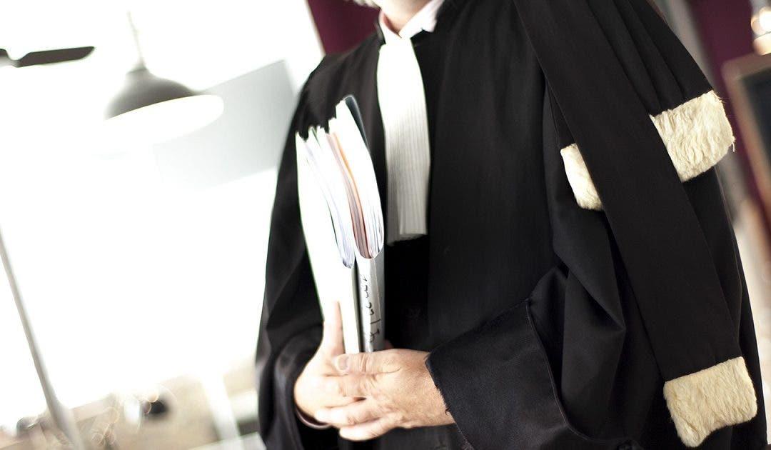 """Photo of القاضي الوردي يؤازر أصحاب البدلة السوداء ويكتب """"ضريبة الدفاع"""""""