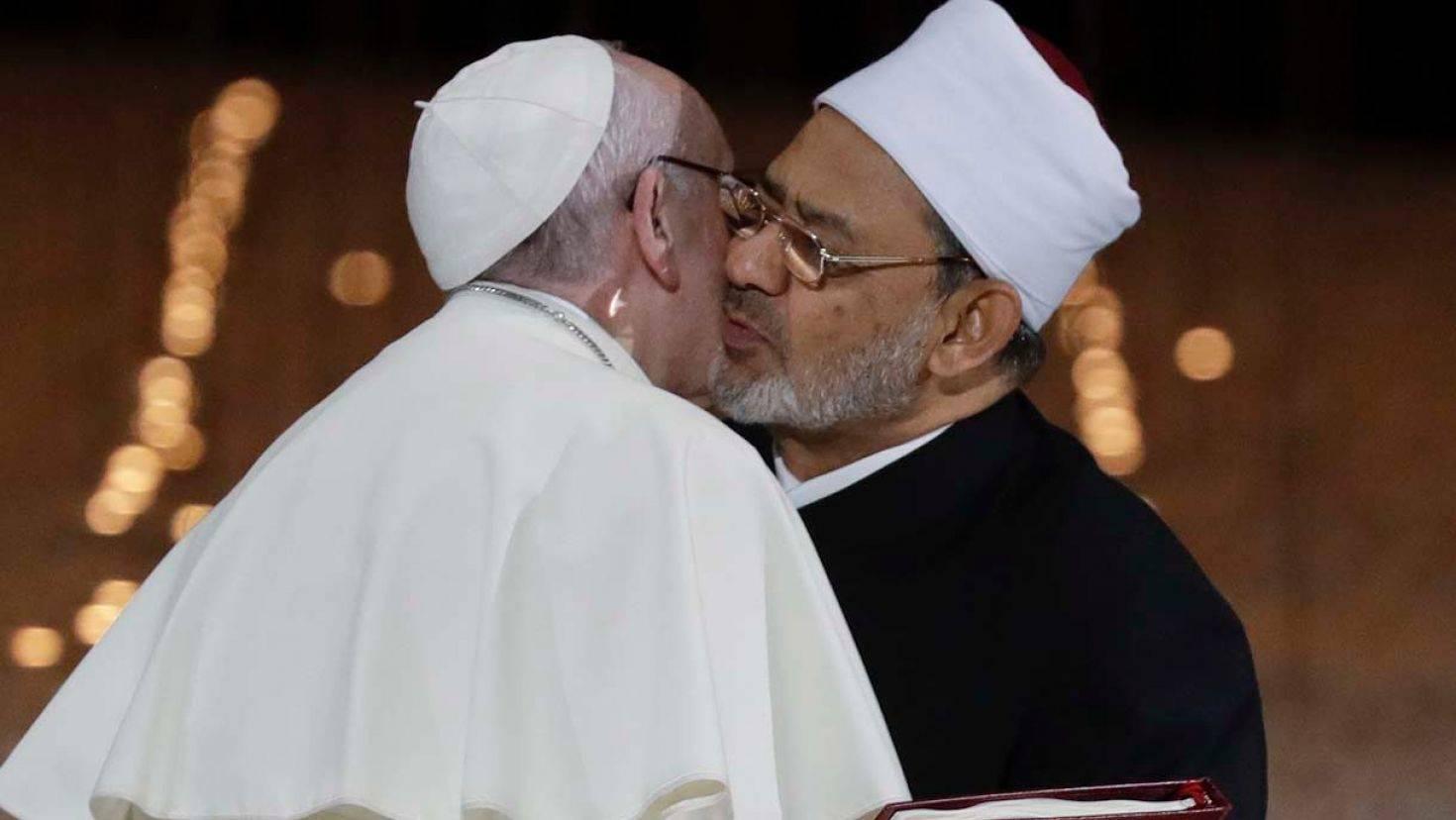 "Photo of القس ""جوني مور"" يكتب عن زيارة البابا لدولة الإمارات"