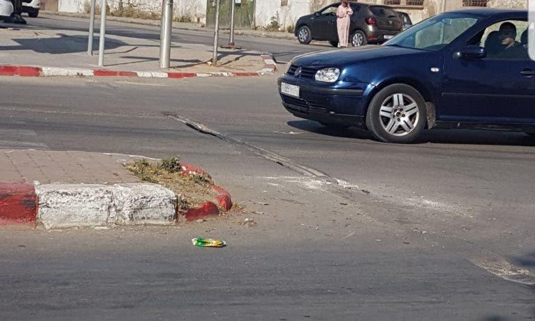 حفر تربك حركة السير و الجولان بشوارع فاس