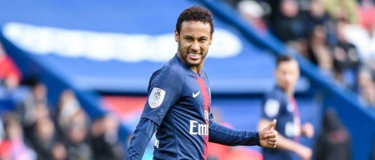 الاتحاد الفرنسي يوقف نيمار 3 مباريات