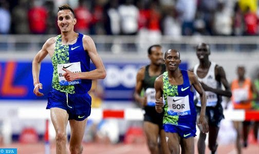 Photo of العداء المغربي سفيان البقالي يحرز الميدالية البرونزية لسباق 3000م موانع بالرباط