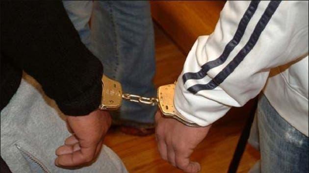 Photo of الجديدة.. توقيف لصين تورطا في سرقة وكالتين لتحويل الأموال