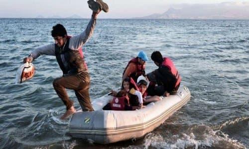 Photo of موت الحْرّاكَة المغاربة، هل هو هولوكوست أم انتحار جماعي بحبال الأمواج؟