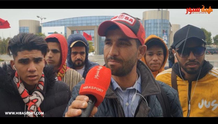 Photo of مشجع أكاديري ينفجر في وجه المكتب المسير ويتهمه بالتسمسير في التذاكر والحافلات