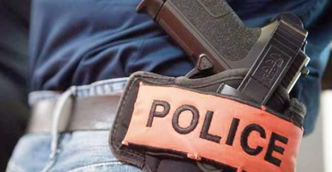Photo of طنجة .. مقدم شرطة يضطر لإشهار سلاحه الوظيفي لتوقيف ثلاثة مجرمين